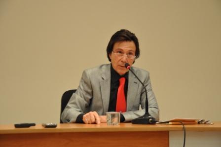"""Prof. Dr. Mim Kemal Öke: """"Medeniyetimiz Aşkı Unutmuştur"""""""