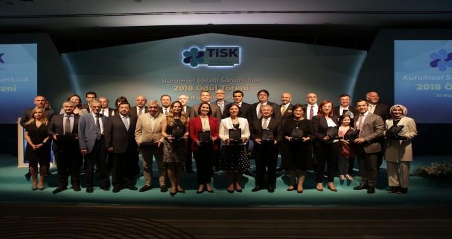 Mercedes-Benz Türk'ün Her Kızımız Bir Yıldız Projesi'ne TİSK'ten Ödül