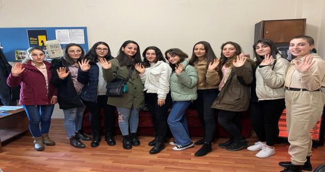 Mercedes Benz Türk, Trabzon'da Yıldız Kızlar'la Buluştu