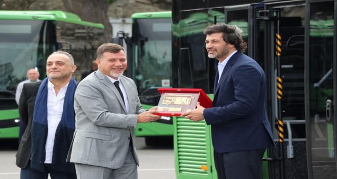 Tiflis'in Otobüsleri Anadolu Isuzu'dan